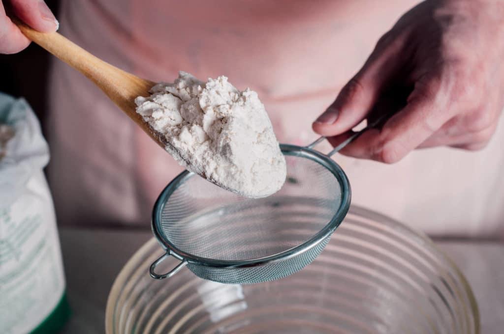 อุปกรณ์ทำเค้ก ที่ร่อนแป้ง